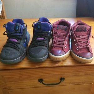 2 pairs of sneakers Youth 4.5